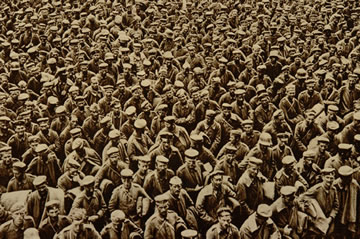 A large crowd of German prisoners of war